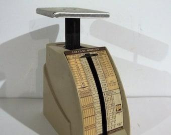 Vintage 2 LB Pelouze Postal Scale