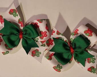 Red, Whie & Green Present Hairbows (Set of 2)