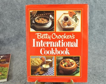 Betty Crocker's Internation Cookbook C. 1980.