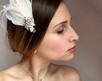 Pale Pink Vintage Inspired Feather Hair Clip. 1920's style. Wedding. Special Occasion. Downton Abbey.