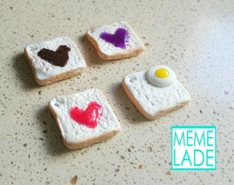 Toast - Plug, pendant and charm