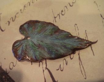 Verdigris aged brass leaf pendant 5 pc