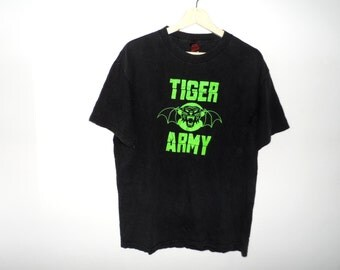 Vintage Tiger Army t shirt band punk rock hardcore thrasher never die Medium Size
