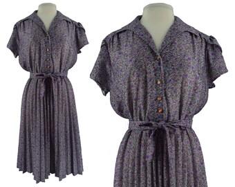 Vintage Dress, 1970s Dress, 70s Dress, Purple Floral Dress, Floral Day Dress, Pleated Dress, Secretary Dress, Midi Dress, Casual, Large