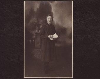 Young girl portrait - Antique real photo postcard, picture rppc, French 1920 - Collectible vintage portrait photograph (C3-05)