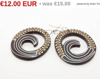 winter sales Wooden earrings of Indonesian origin 7119 hand made
