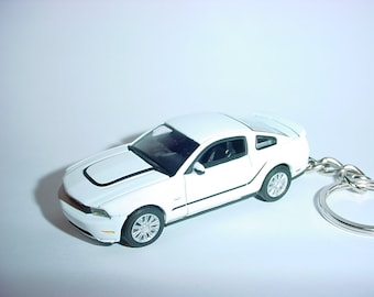 3D 2012 Ford Mustang GT Boss 302 custom keychain by Brian Thornton keyring key chain white/black finish opening hood design