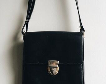 1980s Black Vintage Leather Handbag / Brass Buckle Purse