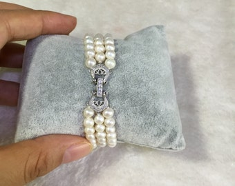 pearl bracelets,7.5-8 inches 3 rows Freshwater Ivory Pearl bracelets,wedding party,wedding BRACELET