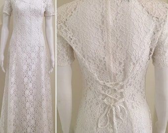 Love Love 90's white lace maxi dress with laced back Au 10