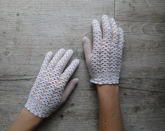 White crochet gloves taille6