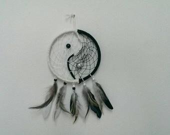 Yin yang dreamcatcher