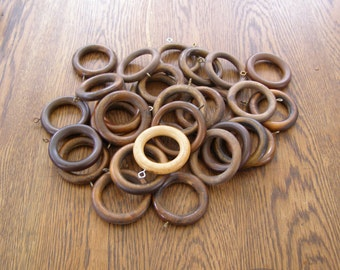 Lot of 30 vintage wooden curtain rings lot#1