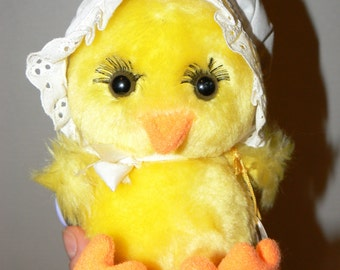Vintage Russ Berrie Spring Chick Plush