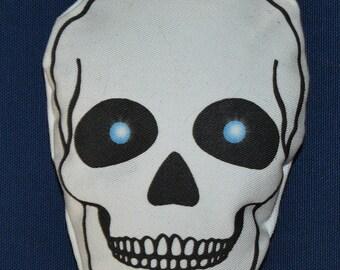Skull Catnip Cat Toy by StarCATS