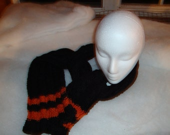 Scarf 4 cables - black and orange - made knitted - hand - made scarf