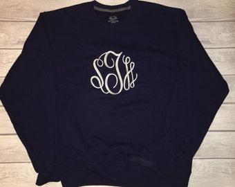 Oversized sweatshirt with large embroidered monogram!