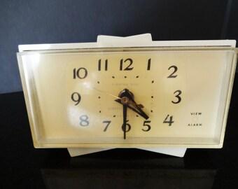 Atomic Mid Century G E Alarm Clock- General Electric - Model 7270KA  - Off White - Works - Retro Bedside Clock