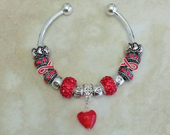 Red Ribbon Glass Heart Czech Rhinestone Antique Charms Silver Plated Bangle 7.5 Inches