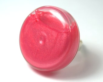Ring glass, flat, 30 mm, filled with mother-of-Pearl Pink liquid