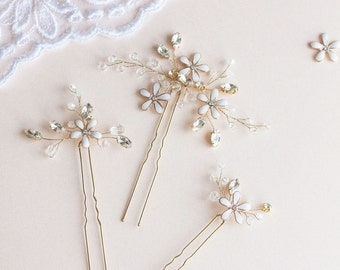 Wedding Hair Pins,  Flower Hair Pins, Bridal Hair Pins, Wedding Headpiece, Blossom Hair Pins, Wedding Hair Accessory, Gold Hair Pins
