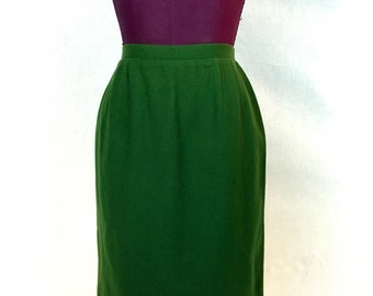 "60s Vintage // XS 24"" \\ Wiggle Skirt Olive Green Lined"