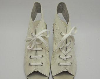 Vintage Borosana Leather Shoes / Open Toe Lace Up Ankle Wedges / White Leather Platform Shoes