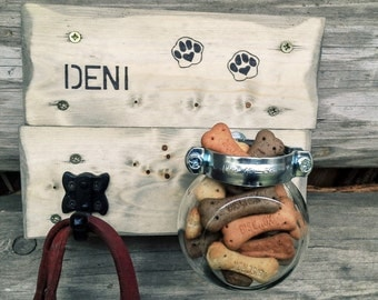 Dog straps, leader and snacks holder, customized with your pet's name