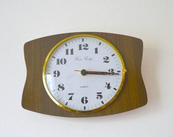vintage formica kitchen, pendulum clock