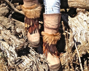 FREE SHIPPING!!! Fur leather cover boots,tribal,native,gypsy,boho,hippie,chic,fringe,ethnic,cubrebotas de piel,etnico