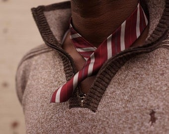 Modern, sport, and elegant neck piece, grey and burgundy strip pattern