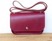 SOFFIETTO IN MARSALA   handmade in Italy bag   Colour of the year   Accordion bag   Bordeux leather bag   Shoulder bag   Minimal design bag