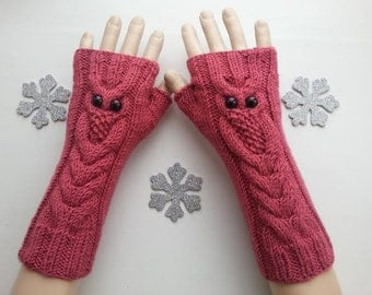 EXPRESS SHIPPING!Rose  Color Owl Hand-Knitted Fingerless Gloves/Winter Accessories/ReyyanCrochet