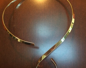 Gold S hook shiny choker