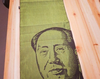 Mao Table Runner ~1 pieces #100950