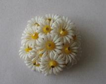 Vintage Soft Plastic Flower Pin Daisy Cluster Brooch