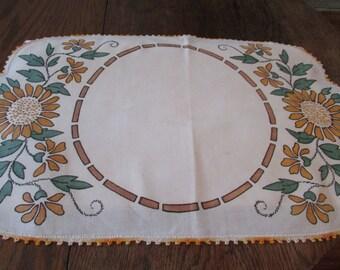 3 Vintage Linen Table Runner Set 3 Piece Arts & Crafts Era  Mission Table Set