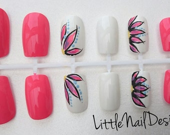 Hand painted pink and white flower design false nails