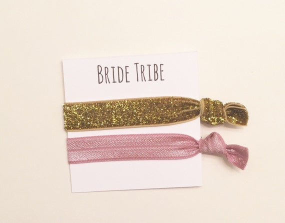 Bridesmaid hair tie favor//thick gold glitter & mauve//hair tie card//party favor//bridesmaid gift