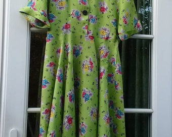 Vintage late 40's early 50's full-circle day dress