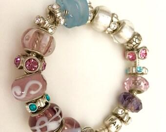 Pandora charm bracelet 7 1/2 inches with Pandora daisy charm