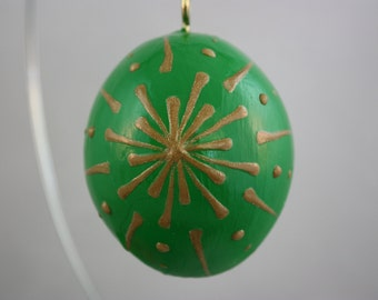 Christmas ornament mini gourd; Christmas gourds; gourds; Wax technique; gourd ornaments; green and gold Christmas ornaments; mini gourds