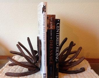 Rustic Horse Shoe Bookends
