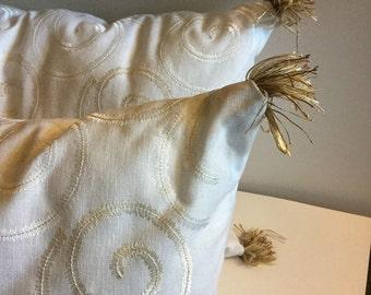 Linen White Throw Pillows