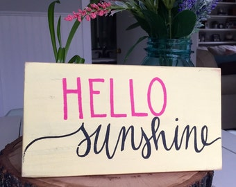 Rustic Home Decor, Hello Sunshine Sign ~ Reclaimed Wood Pallet Sign, Rustic Hand Painted Sign