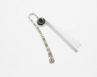 great Bookmark button pressure with black rose cold porcelain