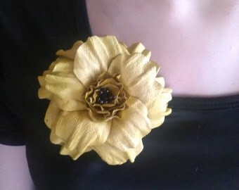 Leather flower brooch, Leather jewelry, Leather brooch, Wedding jewelry, Handmade brooch.
