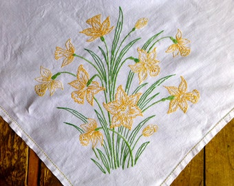 Vintage White Linen Tablecloth with Hand Embroidered Daffodils 126x131cm