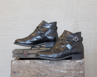 vintage ankle boots / black boots / minimal style boots / avant garde boots / 90s ankle boots / tomboy boots / black ankle boots / hipster
