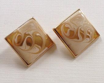 Vintage Resan Enamel Earrings . Era 1980's . gold toned . vintage